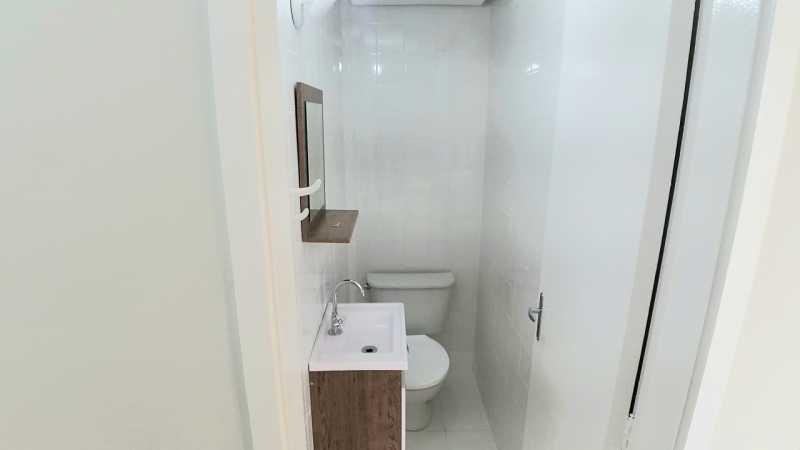 7 - LAVABO. - Apartamento 2 quartos à venda Itanhangá, Rio de Janeiro - R$ 190.000 - FRAP21468 - 8