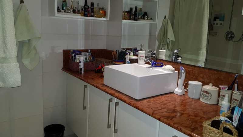 18 - BANHEIRO SUÍTE. - Apartamento Grajaú,Rio de Janeiro,RJ À Venda,2 Quartos,104m² - MEAP20973 - 19