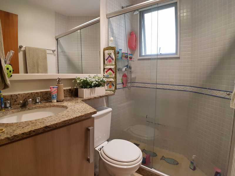 15 - BANHEIRO SUÍTE. - Apartamento Recreio dos Bandeirantes,Rio de Janeiro,RJ À Venda,3 Quartos,98m² - FRAP30602 - 16