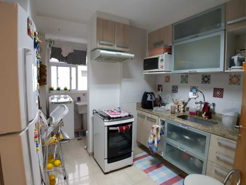 16 - COZINHA. - Apartamento Recreio dos Bandeirantes,Rio de Janeiro,RJ À Venda,3 Quartos,98m² - FRAP30602 - 17