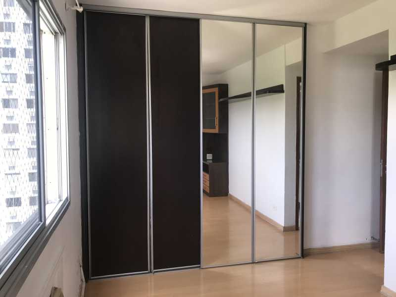 09 - Apartamento Barra da Tijuca, Rio de Janeiro, RJ À Venda, 2 Quartos, 87m² - FRAP21479 - 10