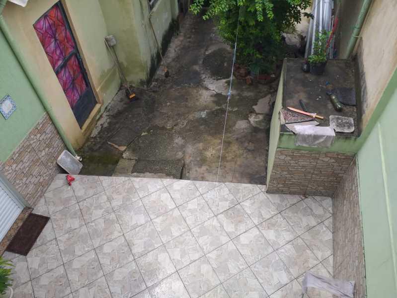 2 - QUINTAL. - Casa À Venda - Piedade - Rio de Janeiro - RJ - MECA30033 - 25