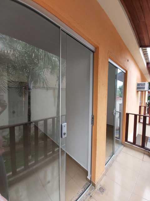 2 - Casa em Condomínio Tanque,Rio de Janeiro,RJ À Venda,3 Quartos,110m² - FRCN30180 - 3