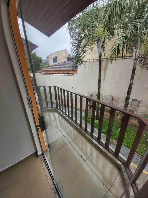 21 - Casa em Condomínio Tanque,Rio de Janeiro,RJ À Venda,3 Quartos,110m² - FRCN30180 - 22