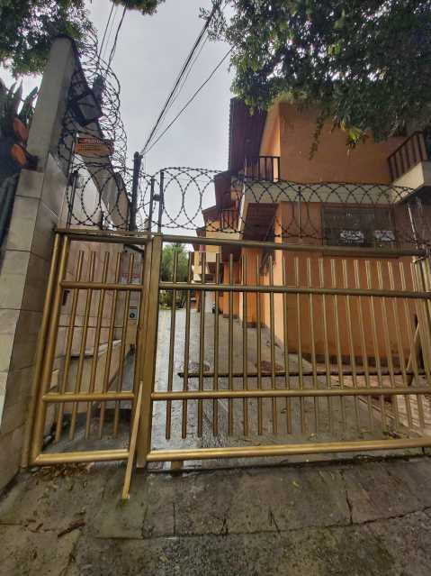 28 - Casa em Condomínio Tanque,Rio de Janeiro,RJ À Venda,3 Quartos,110m² - FRCN30180 - 29
