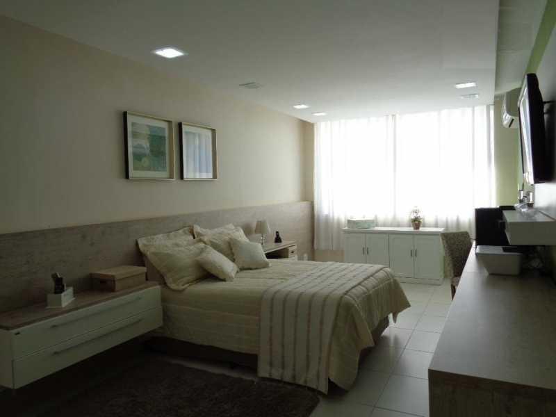 8 - Casa em Condominio Anil,Rio de Janeiro,RJ À Venda,4 Quartos,247m² - FRCN40025 - 9