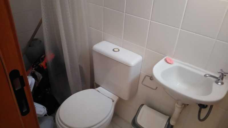 21 - banheiro da dependência - Apartamento À VENDA, Tijuca, Rio de Janeiro, RJ - MEAP30174 - 22