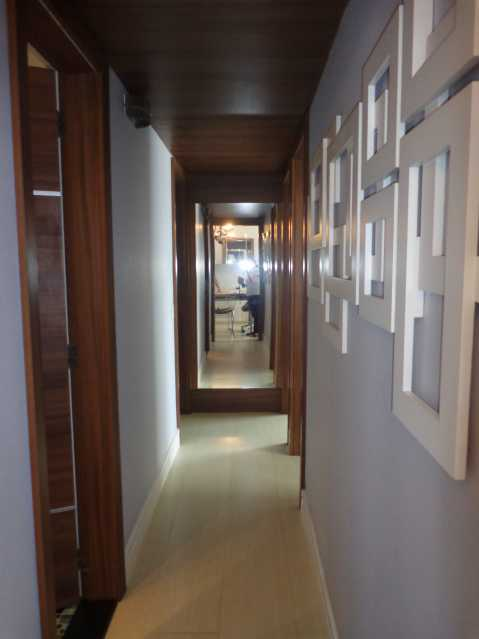 6 - Corredor - Apartamento 3 quartos à venda Praça da Bandeira, Rio de Janeiro - R$ 550.000 - MEAP30210 - 7