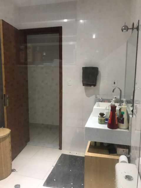 3 - BANHEIRO SOCIAL. - Casa Engenho de Dentro,Rio de Janeiro,RJ À Venda,3 Quartos,165m² - MECA30020 - 4