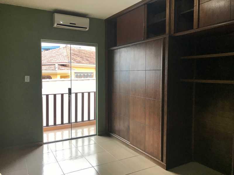 10 - Casa em Condominio Tanque,Rio de Janeiro,RJ À Venda,4 Quartos,136m² - FRCN40073 - 11
