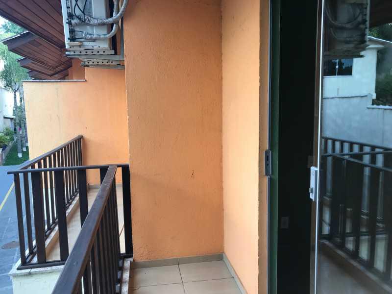 26 - Casa em Condominio Tanque,Rio de Janeiro,RJ À Venda,4 Quartos,136m² - FRCN40073 - 27