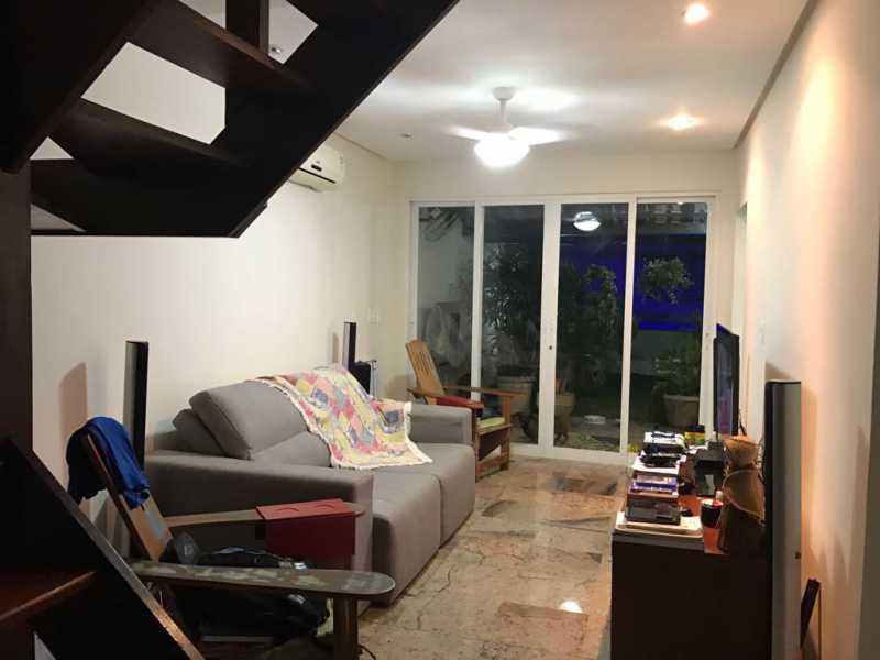 02 - Casa em Condominio Anil,Rio de Janeiro,RJ À Venda,3 Quartos,104m² - FRCN30108 - 1