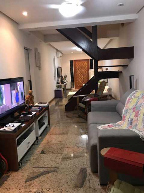 03 - Casa em Condominio Anil,Rio de Janeiro,RJ À Venda,3 Quartos,104m² - FRCN30108 - 4