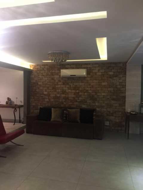 PHOTO-2018-07-06-09-45-24_1 - Casa em Condomínio 3 quartos à venda Anil, Rio de Janeiro - R$ 1.900.000 - FRCN30112 - 6