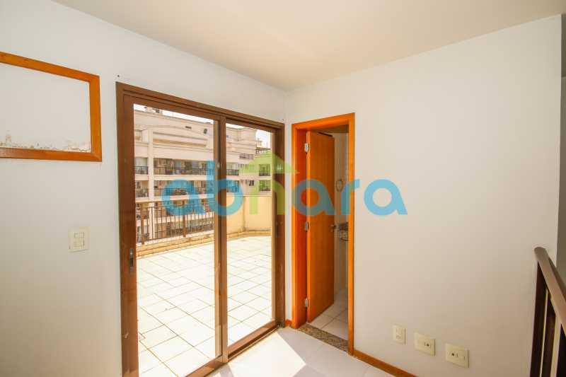 _T3A1239 - Cobertura Duplex. 2 Quartos com 1 Suite e 2 Vagas!! - CPCO20032 - 24
