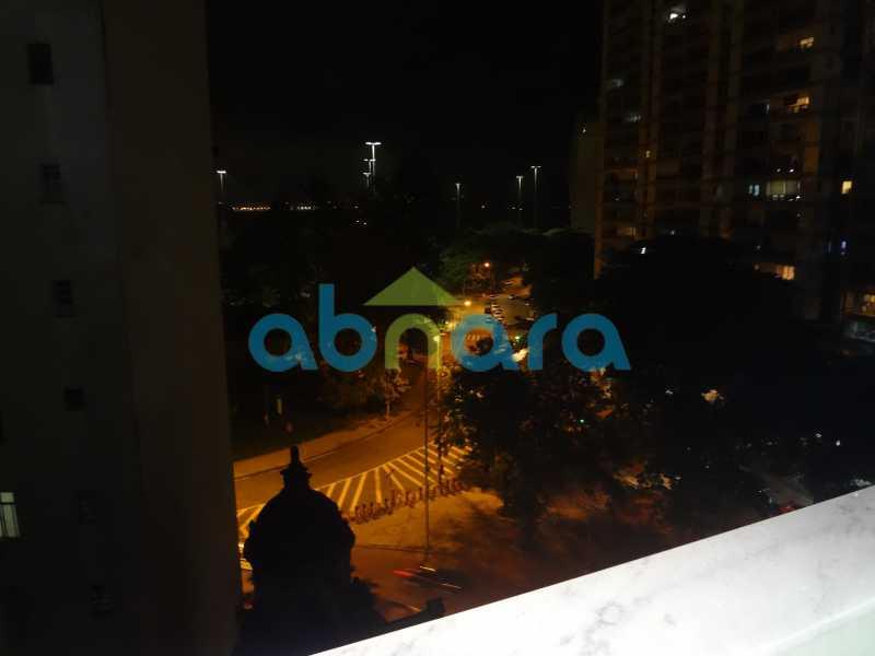 17 - Dois quartos amplos com sala em dois ambientes em rua tradicional do Flamengo. - CPAP20465 - 20