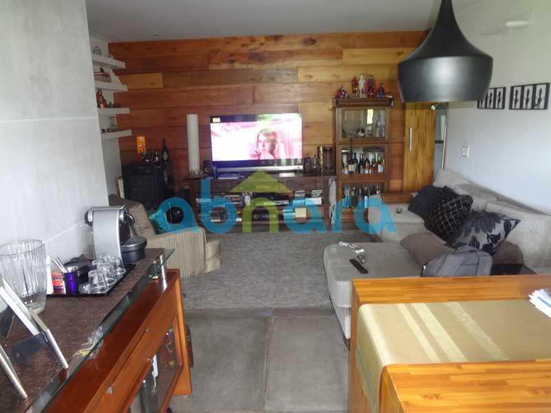 2 - 2 quartos, varanda, com vaga, infra total, vista maravilhosa, indevassado e ótima localização. - CPAP20469 - 3