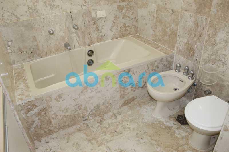 15 - Apartamento na Av. Atlântica. - CPAP40301 - 16