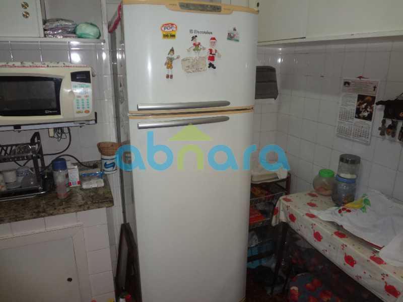 15 - Casa duplex , condomínio fechado em Copacabana. 150 m2, 3 quartos, 2 banheiros, cozinha, área de serviço com banheiro, varanda. 1 Vaga - CPCN30004 - 9