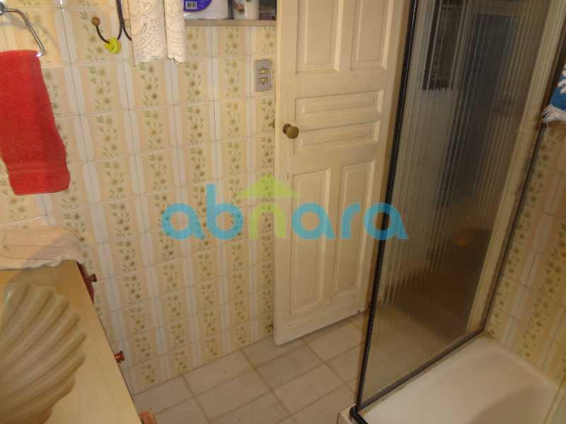 19 - Casa duplex , condomínio fechado em Copacabana. 150 m2, 3 quartos, 2 banheiros, cozinha, área de serviço com banheiro, varanda. 1 Vaga - CPCN30004 - 11