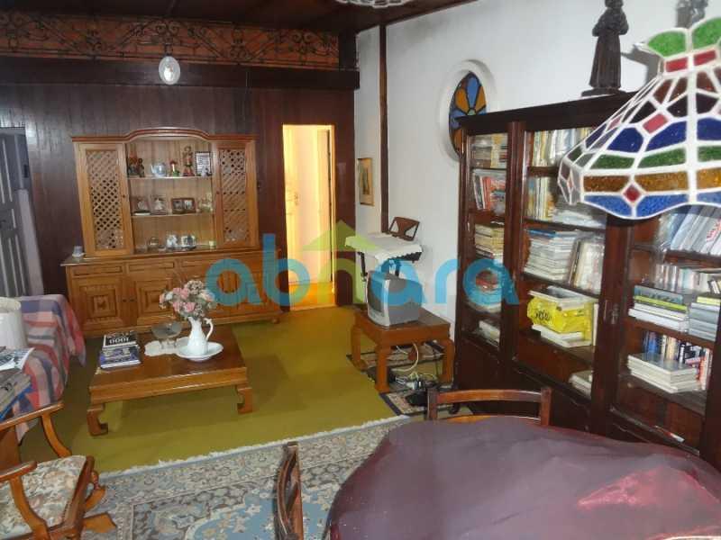 25 - Casa duplex , condomínio fechado em Copacabana. 150 m2, 3 quartos, 2 banheiros, cozinha, área de serviço com banheiro, varanda. 1 Vaga - CPCN30004 - 14