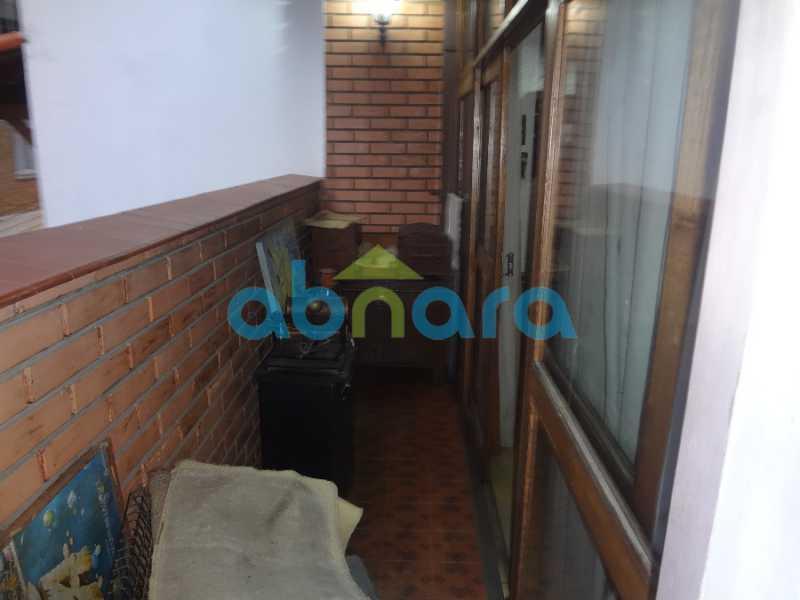 29 - Casa duplex , condomínio fechado em Copacabana. 150 m2, 3 quartos, 2 banheiros, cozinha, área de serviço com banheiro, varanda. 1 Vaga - CPCN30004 - 16