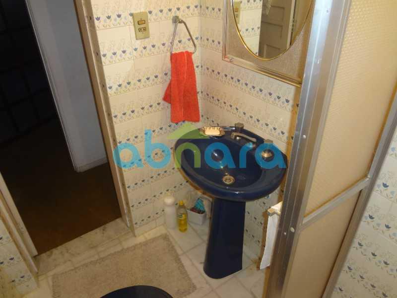 33 - Casa duplex , condomínio fechado em Copacabana. 150 m2, 3 quartos, 2 banheiros, cozinha, área de serviço com banheiro, varanda. 1 Vaga - CPCN30004 - 18
