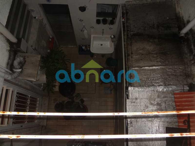 49 - Casa duplex , condomínio fechado em Copacabana. 150 m2, 3 quartos, 2 banheiros, cozinha, área de serviço com banheiro, varanda. 1 Vaga - CPCN30004 - 28
