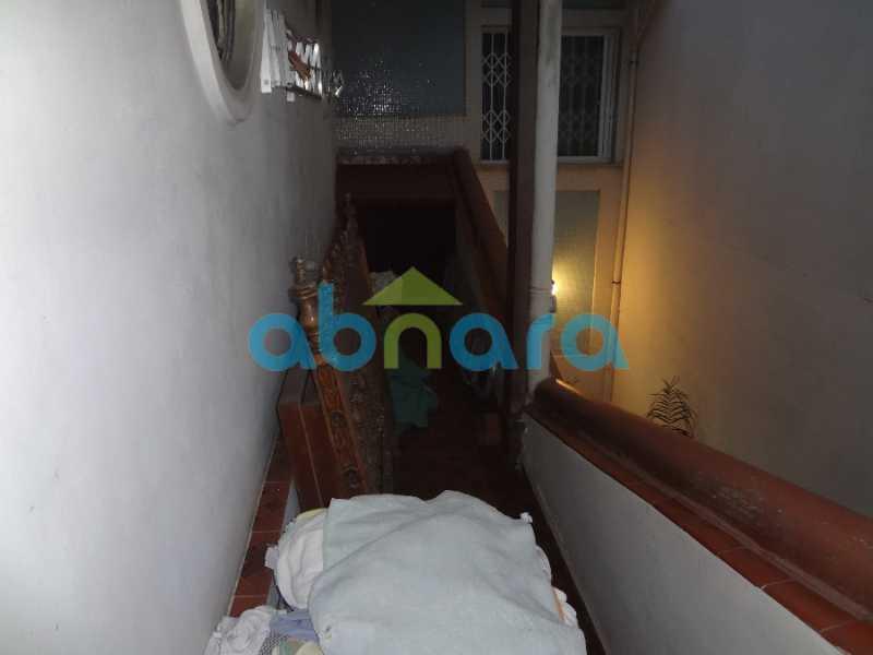 51 - Casa duplex , condomínio fechado em Copacabana. 150 m2, 3 quartos, 2 banheiros, cozinha, área de serviço com banheiro, varanda. 1 Vaga - CPCN30004 - 29