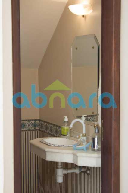 foto 19 - Casa triplex de vila, com 4 quartos sendo 2 suítes, 2 vagas, churrasqueira e piscina, em rua tranquila de Botafogo. - CPCA40025 - 19