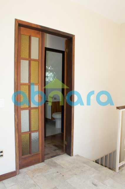 foto 18 - Casa triplex de vila, com 4 quartos sendo 2 suítes, 2 vagas, churrasqueira e piscina, em rua tranquila de Botafogo. - CPCA40025 - 10