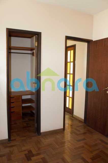 foto 11 - Casa triplex de vila, com 4 quartos sendo 2 suítes, 2 vagas, churrasqueira e piscina, em rua tranquila de Botafogo. - CPCA40025 - 8