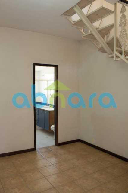 foto 10 - Casa triplex de vila, com 4 quartos sendo 2 suítes, 2 vagas, churrasqueira e piscina, em rua tranquila de Botafogo. - CPCA40025 - 11