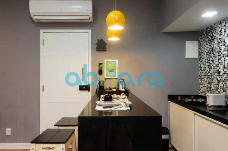 foto 15 - Excelente quarto e sala totalmente reformado em rua tranquila e arborizada de Copacabana, próximo a praia e ao metrô. - CPAP10323 - 8
