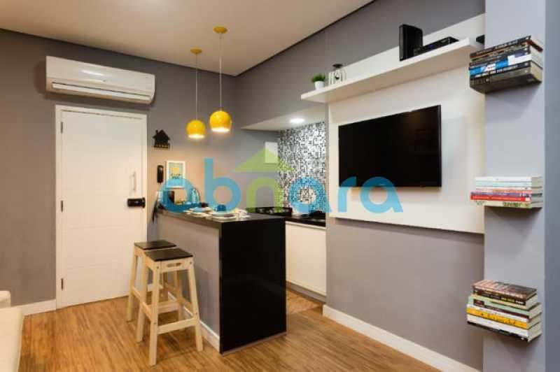 foto 5 - Excelente quarto e sala totalmente reformado em rua tranquila e arborizada de Copacabana, próximo a praia e ao metrô. - CPAP10323 - 7