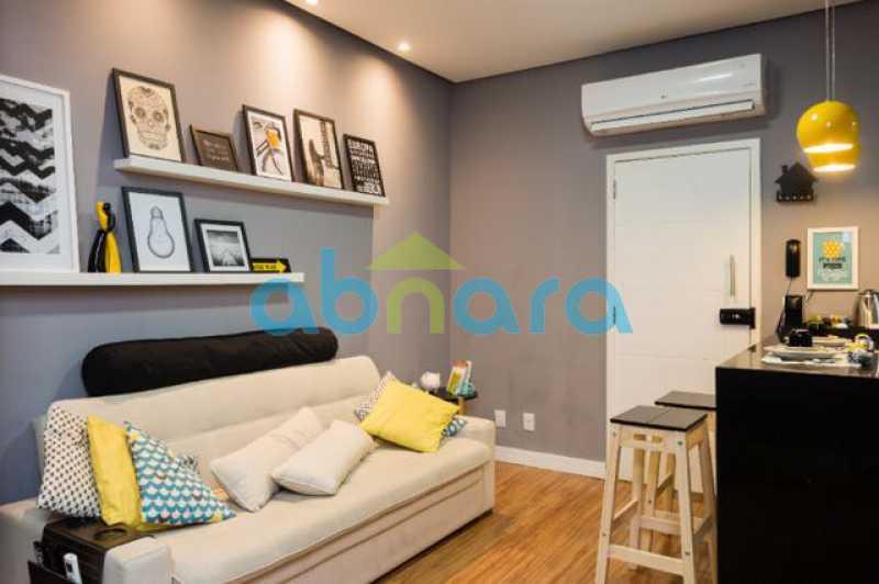 foto 2 - Excelente quarto e sala totalmente reformado em rua tranquila e arborizada de Copacabana, próximo a praia e ao metrô. - CPAP10323 - 4