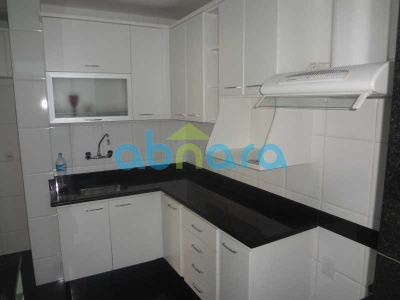002 - Sala, 2 quartos sendo 1 suite, com vaga no Flamengo. 74 m2. Reformadíssimo, entrar e morar. - CPAP20545 - 18
