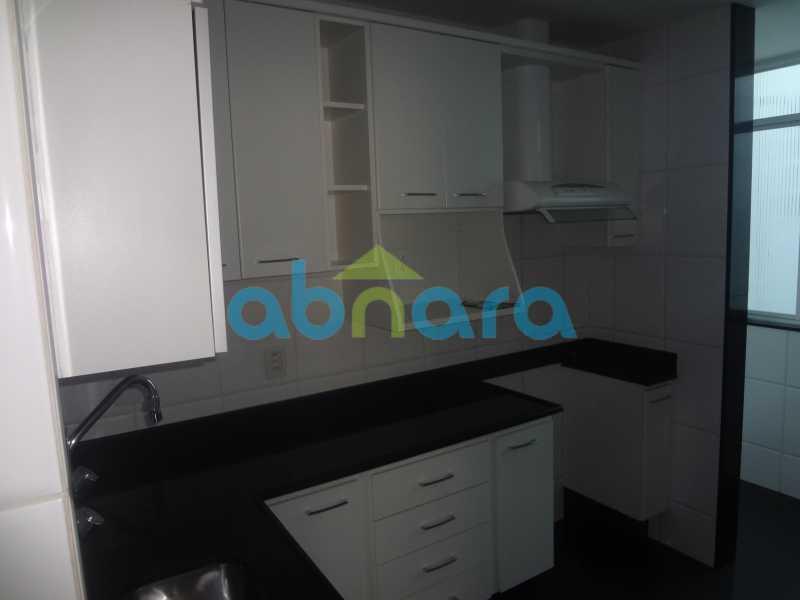 003 - Sala, 2 quartos sendo 1 suite, com vaga no Flamengo. 74 m2. Reformadíssimo, entrar e morar. - CPAP20545 - 20
