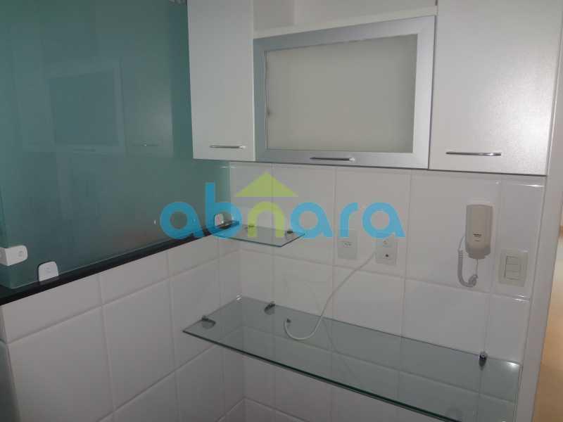 005 - Sala, 2 quartos sendo 1 suite, com vaga no Flamengo. 74 m2. Reformadíssimo, entrar e morar. - CPAP20545 - 23
