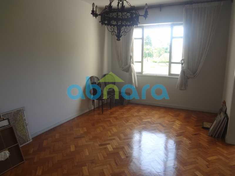 Sala de Jantar - Praia do Flamengo, 4 quartos, sendo 1 suite, salão com varandão e sala de jantar ampla, lavabo, banheiro social, copa cozinha , área de serviço com 2 dependências. 259 m2 e VAGA NA ESCRITURA. - CPAP40322 - 6