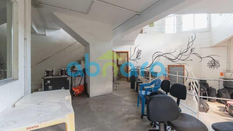 12 - Casa no Jardim Botânico com no minimo 500m². - CPCA40020 - 13