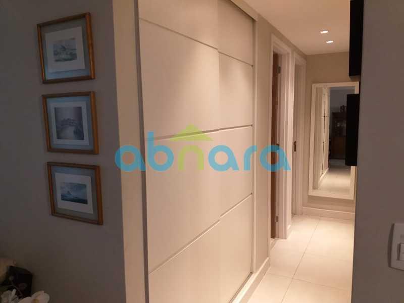 foto 9 - Sensacional apartamento de 133 m² na Lagoa com 3 quartos sendo 2 suítes 2 vagas na escritura em um prédio de 2018. - CPAP30864 - 8
