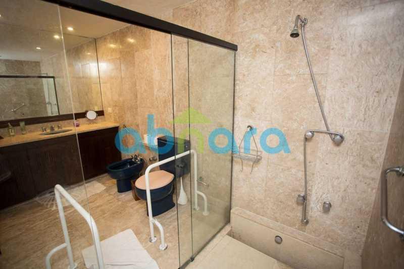 Banheiro - Delfim Moreira, Varandas, 260M², 3 Stes, 2Vgas - CPAP30939 - 20