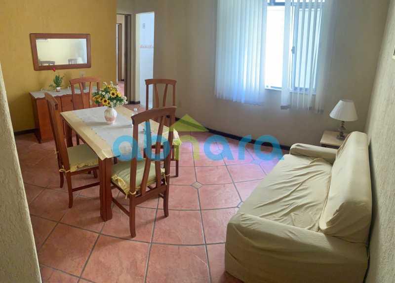 2 - Apartamento em Copacabana de 1 Quarto na Quadra da Praia. - CPAP10374 - 3