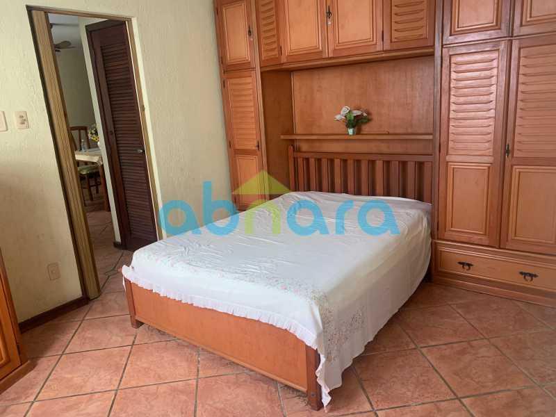 3 - Apartamento em Copacabana de 1 Quarto na Quadra da Praia. - CPAP10374 - 4