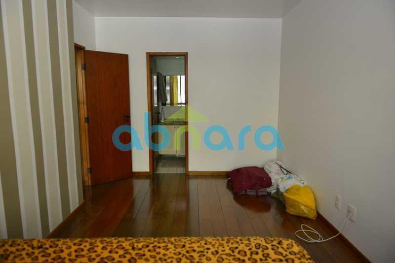 20 - duplex, suíte, 2 vagas na escritura, salão em 2 ambientes, 4 quartos - CPCO40106 - 22