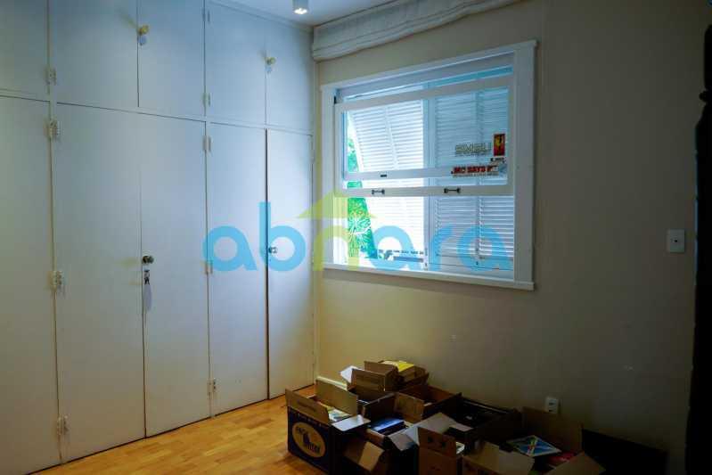 PHOTO-2021-09-10-15-19-30 - Apartamento no Leblon 3 quartos, fundos, 2 por andar - CPAP31216 - 11