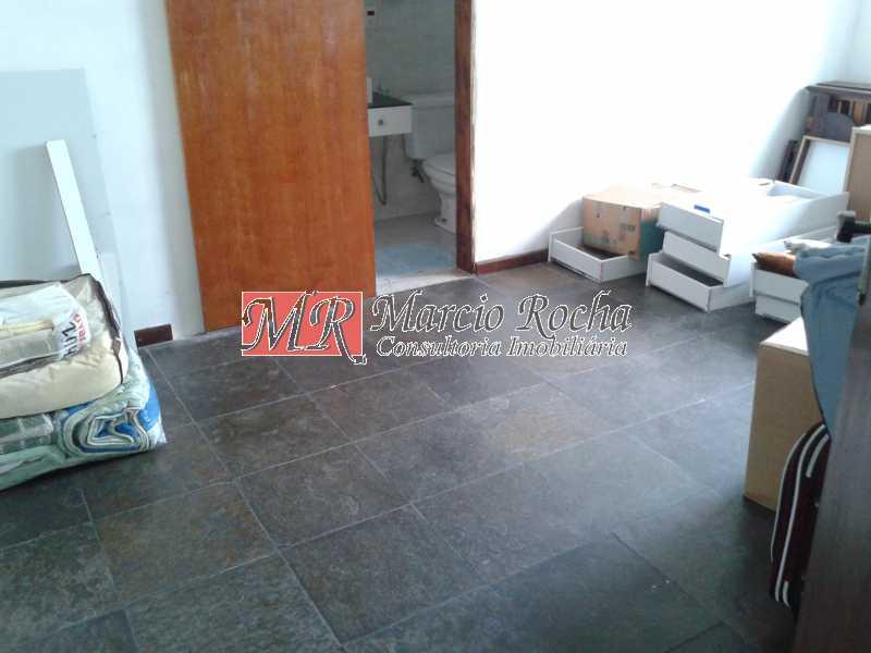 20180818_123103 - Nova Valqueire casa linear 3 quartos 2 suítes quintal 4 vg - VLCN30030 - 13