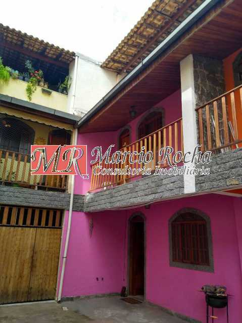 46037756_870012036534803_85102 - Valqueire casa triplex 2qts terraço churrasqueira 1vg - VLCN20032 - 8