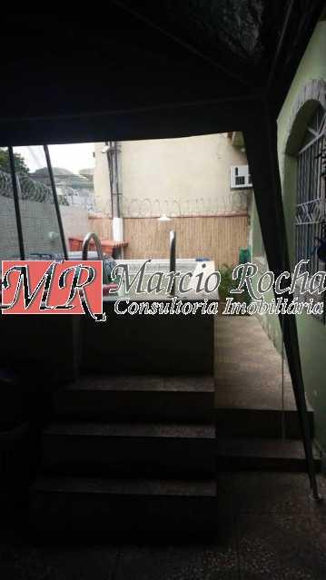 50978681_913164378886235_38542 - Campinho colado Valqueire casa com 3qts suíte piscina 2v - VLCN30037 - 11